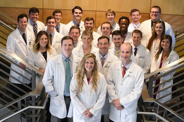Orthopaedic residents group shot 2018